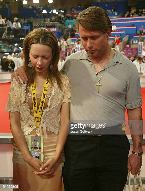 Actor Stephen Baldwin and his wife Kennya attend the opening of night two of the Republican National Convention August 31 2004 at Madison Square...