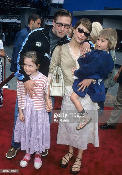 Actor Stephen Baldwin wife Kennya and daugters Alaia and Hailey attend 'The Flintstones in Viva Rock Vegas' Universal City Premiere on April 15 2000...