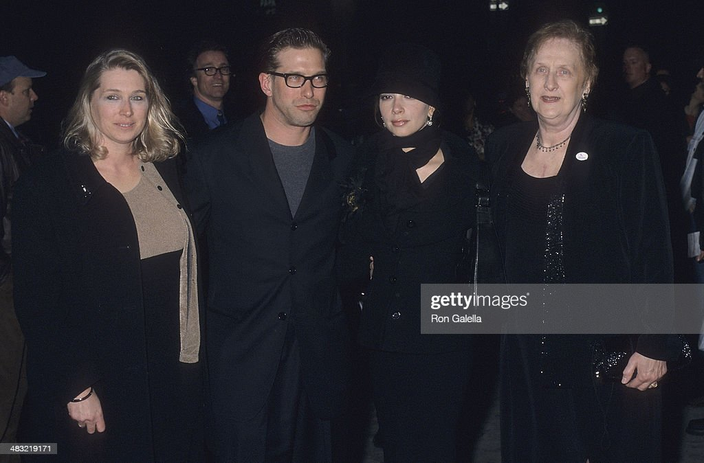 """""""I Dreamed of Africa"""" New York City Premiere : News Photo"""