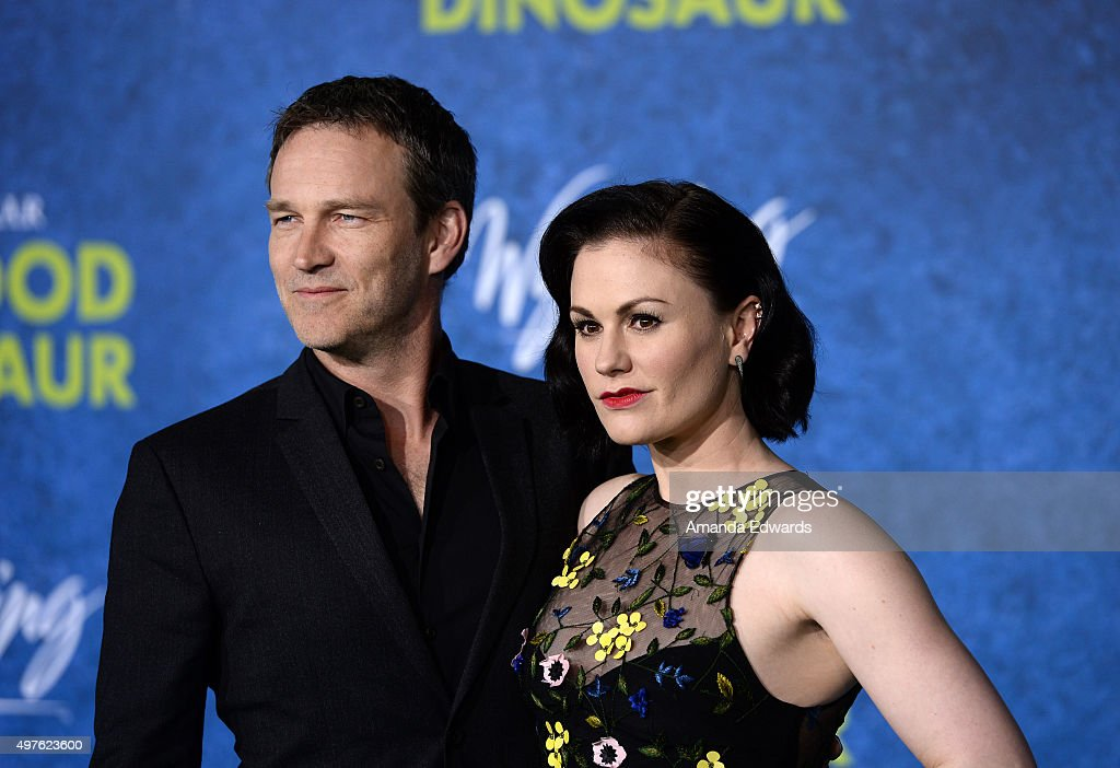 "Premiere Of Disney-Pixar's ""The Good Dinosaur"" - Arrivals : News Photo"