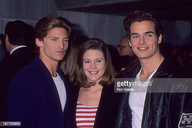 Actor Steve Burton actress Cari Shayne and actor Antonio Sabato Jr attend John Beradino receives a star on the Hollywood Walk of Fame on April 1 1993...
