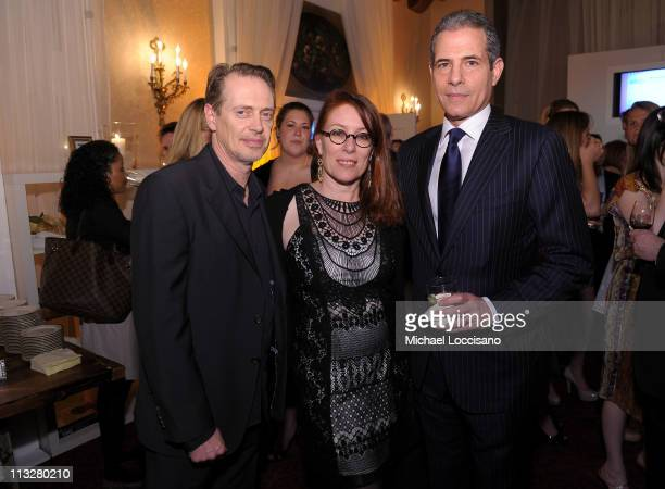 Actor Steve Buscemi director Jo Andres and TIME Managing Editor Richard Stengel attend the People/TIME White House Correspondents' dinner cocktail...