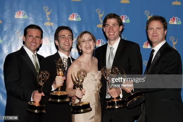 Actor Steve Carell actor BJ Novak actress Jenna Fischer actor John Krasinski and actor Rainn Wilson poses in the press room after winning Outstanding...