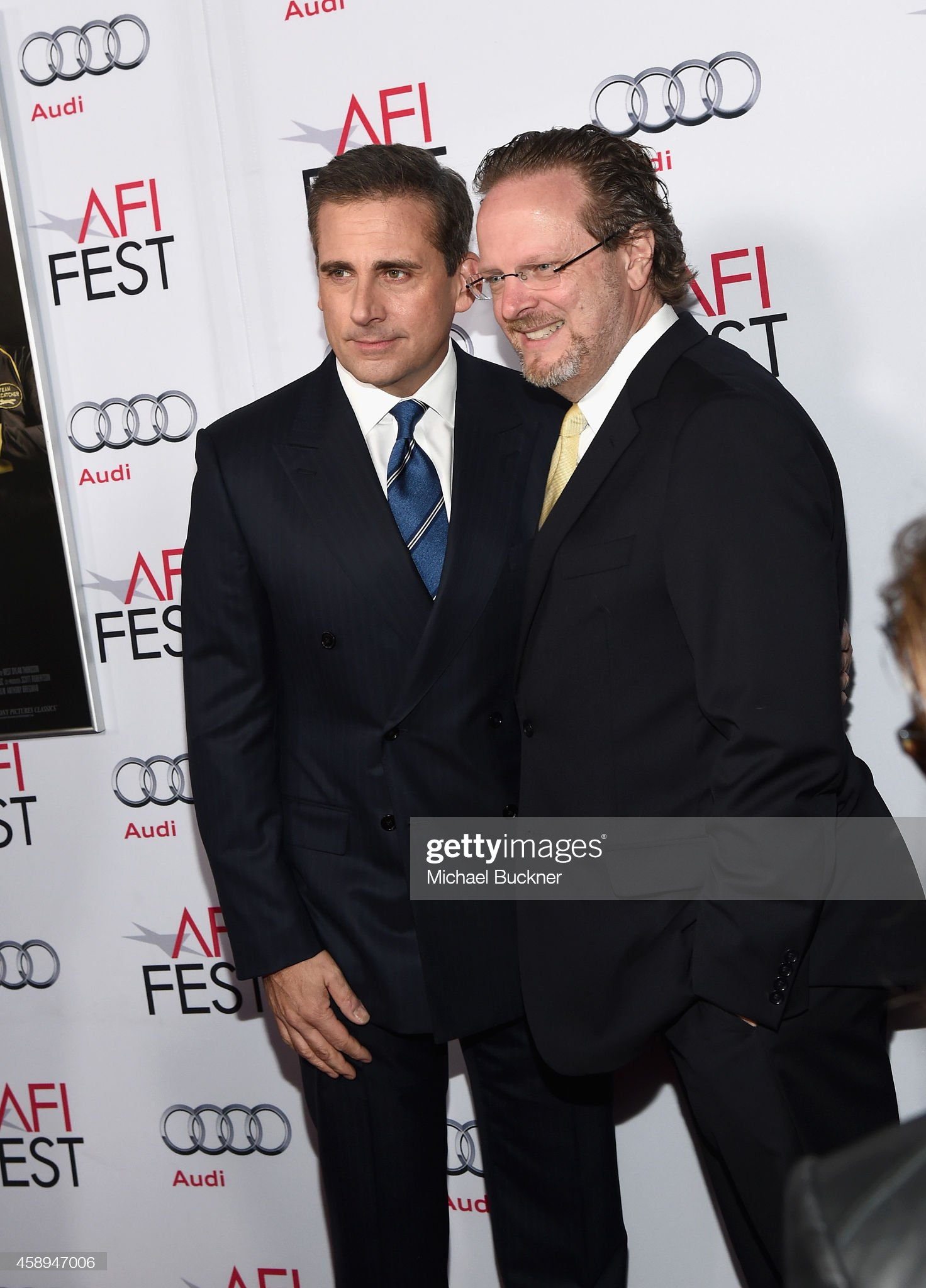 ¿Cuánto mide Steve Carell? - Altura - Real height Actor-steve-carell-and-afi-president-and-ceo-bob-gazzale-attend-audi-picture-id458947006?s=2048x2048