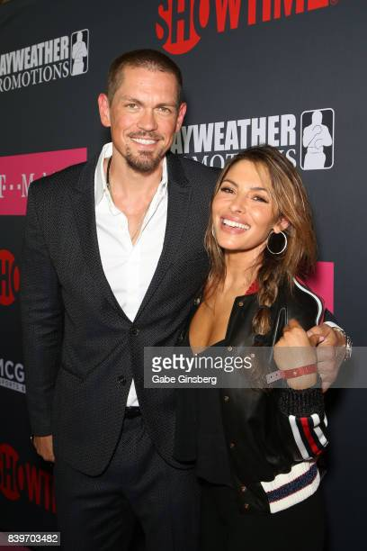 Actor Steve Howey and Sarah Shahi arrives on TMobile's magenta carpet duirng the Showtime WME IME and Mayweather Promotions VIP PreFight Party for...
