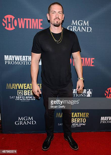 Actor Steve Howey arrives at the VIP PreFight Party for 'High Stakes Mayweather v Berto' presented by Showtime at MGM Grand Garden Arena on September...
