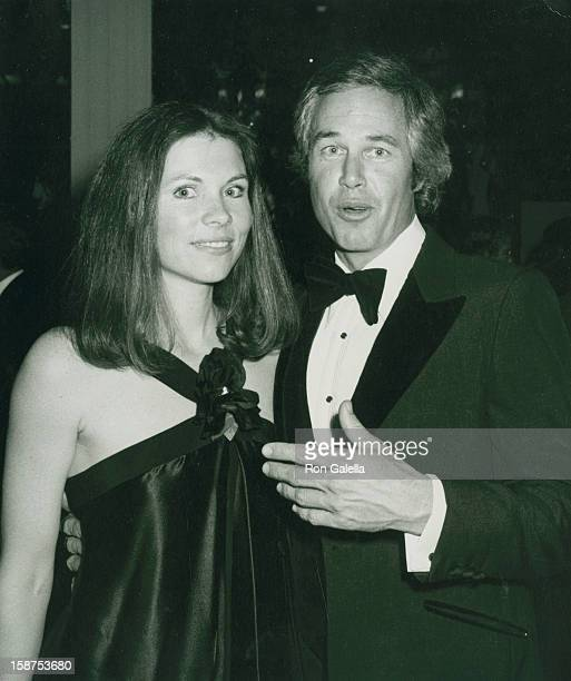 Actor Steve Kanaly and wife Brent Power attend Love Boat Honors Helen Hayes on February 22 1980 at the Beverly Hills Hotel in Beverly Hills California