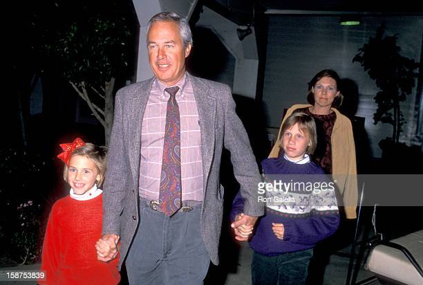 Actor Steve Kanaly wife Brent Power and daughters on November 12 1988 sighting at Los Angeles Equestrian Center in Burbank California