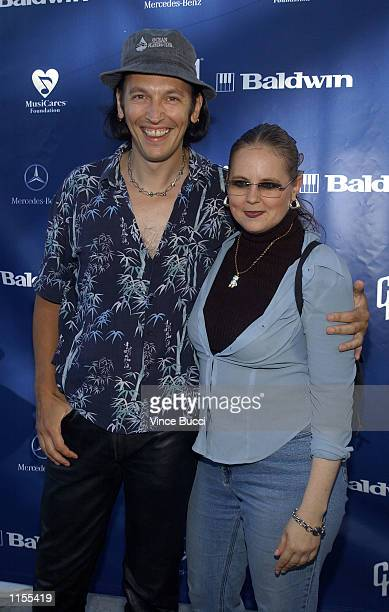 Actor Steve Valentine and wife Shari attend the Mercedes Benz Cup procelebrity tennis match on July 22 2002 at UCLA in Westwood California The event...