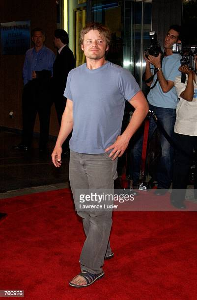 Actor Steve Zahn arrives at the premiere of the film Chelsea Walls April 17 2002 in New York City