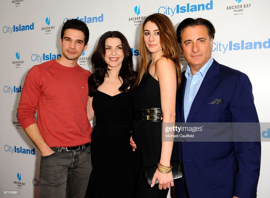 """City Island"" Los Angeles Premiere - Red Carpet : News Photo"