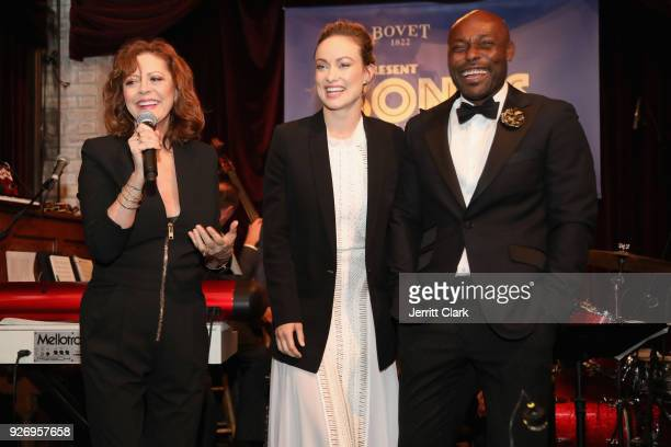 Actor Susan Sarandon speaks on stage with actor Olivia Wilde and cohost JimmyJean Louis at BOVET 1822 Artists for Peace and Justice Present Songs...