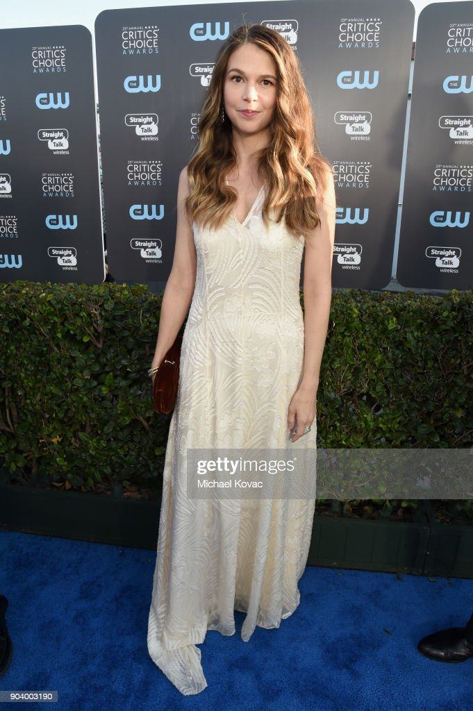 Actor Sutton Foster attends Moet & Chandon celebrate The 23rd Annual Critics' Choice Awards at Barker Hangar on January 11, 2018 in Santa Monica, California.