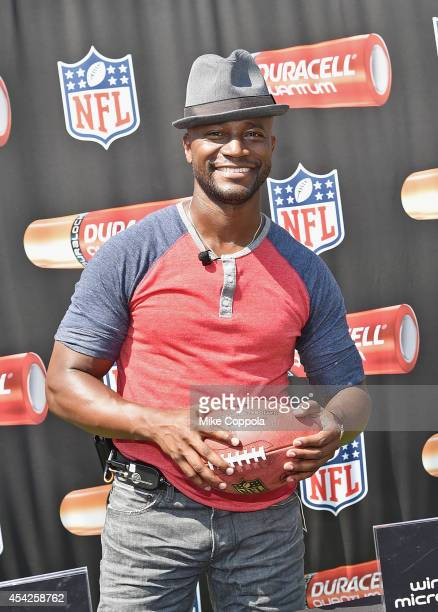 Actor Taye Diggs attends an interactive tour of MetLife Stadium on August 27, 2014 in East Rutherford, New Jersey.