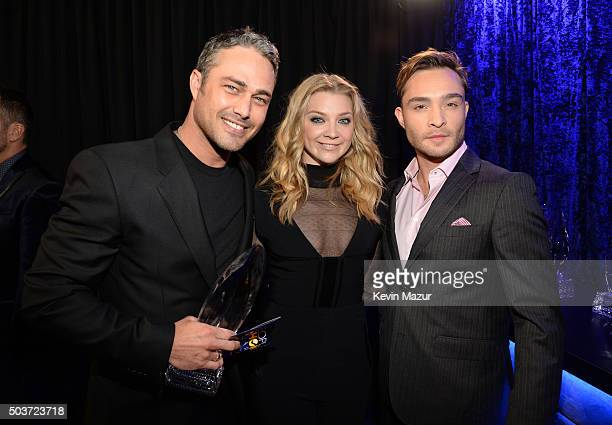 Actor Taylor Kinney winner of Favorite Dramatic TV Actor award poses with actors Natalie Dormer and Ed Westwick at the People's Choice Awards 2016 at...