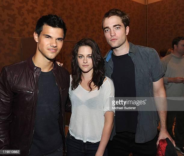 Actor Taylor Lautner actress Kristen Stewart and actor Robert Pattinson attend the Summit Entertainment The Twilight Saga Breaking Dawn Part 1 press...