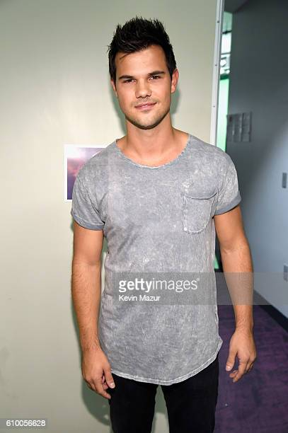Actor Taylor Lautner attends the 2016 iHeartRadio Music Festival at TMobile Arena on September 23 2016 in Las Vegas Nevada