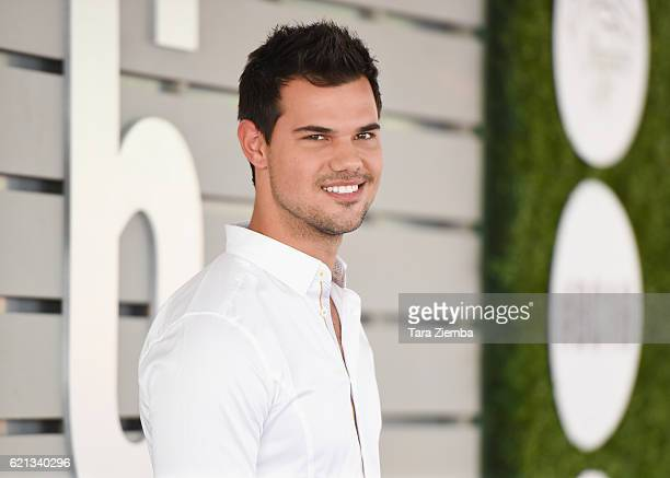 Actor Taylor Lautner attends the 33rd Breeder's Cup World Championship at Santa Anita Park on November 5 2016 in Arcadia California