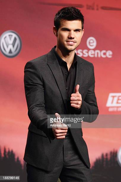 Actor Taylor Lautner attends the Germany Premiere of 'The Twilight Saga Breaking Dawn Part 1 Biss zum Ende der Nacht' at CineStar on November 18 2011...