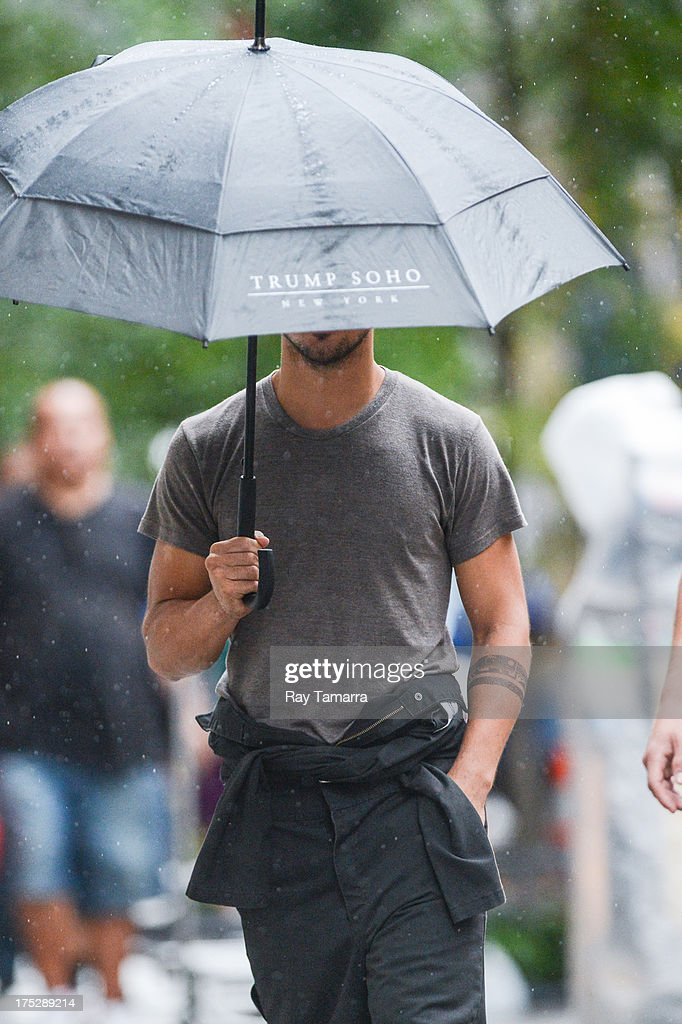 Actor Taylor Lautner enters the 'Tracers' movie set in Midtown Manhattan on August 1, 2013 in New York City.