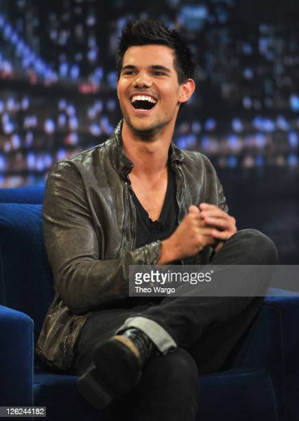 Taylor Lautner Pictures And Photos Getty Images