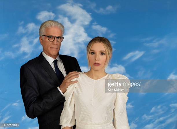 Actor Ted Danson and actress Kristen Bell are photographed for Los Angeles Times on April 16 2018 in Studio City California PUBLISHED IMAGE CREDIT...