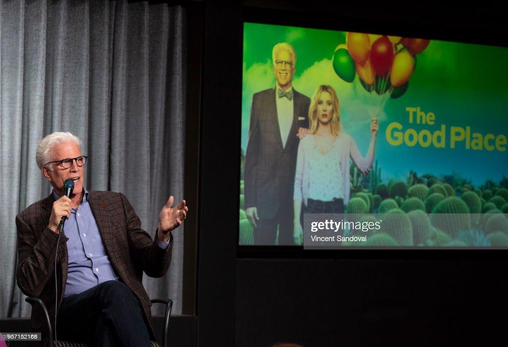 "SAG-AFTRA Foundation Conversations - Screening Of ""The Good Place"" : Nachrichtenfoto"