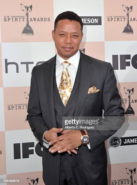 Actor Terrence Howard arrives at the 2011 Film Independent Spirit Awards at Santa Monica Beach on February 26, 2011 in Santa Monica, California.