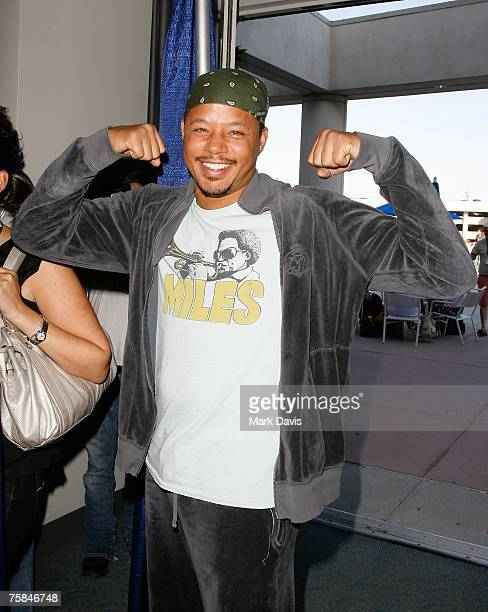 Actor Terrence Howard poses at the 2007 ComicCon press panel held at the San Diego Convention Center on July 28 2007 in San Diego California