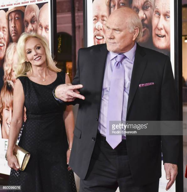 Actor Terry Bradshaw arrives at the premiere of Warner Bros Pictures' 'Father Figures' at TCL Chinese Theatre on December 13 2017 in Hollywood...
