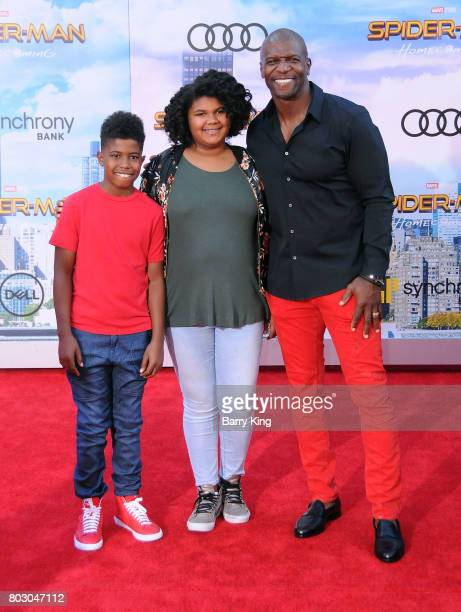 Actor Terry Crews and children attend the World Premiere of Columbia Pictures' 'SpiderMan Homecoming' at TCL Chinese Theatre on June 28 2017 in...