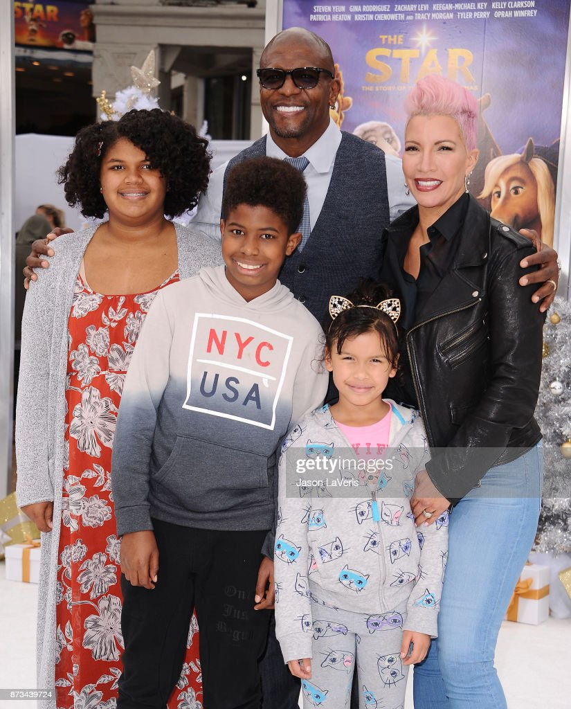 Actor Terry Crews, wife Rebecca King-Crews and children attend the premiere of 'The Star' at Regency Village Theatre on November 12, 2017 in Westwood, California.