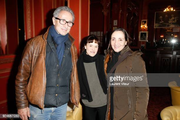 """Actor Thierry Lhermitte, Actress Francoise Gillard and Actress Dominique Blanc attend """"L'Evenement"""" Theater Play during 'Paroles Citoyennes' 10 shows..."""