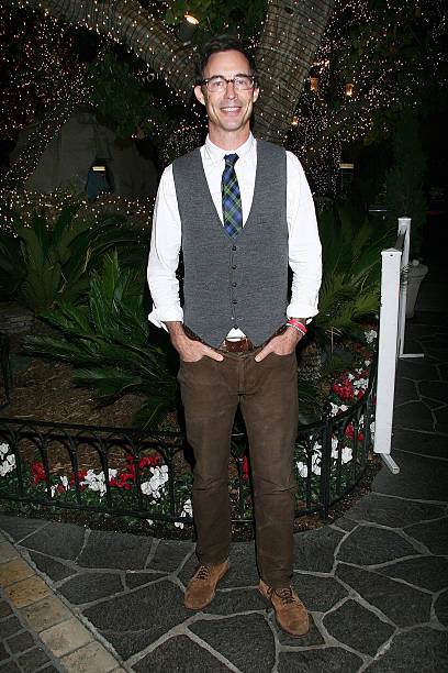 actor thomas cavanagh attends the screening for hallmark channels debbie macombers trading christmas at - Debbie Macomber Trading Christmas