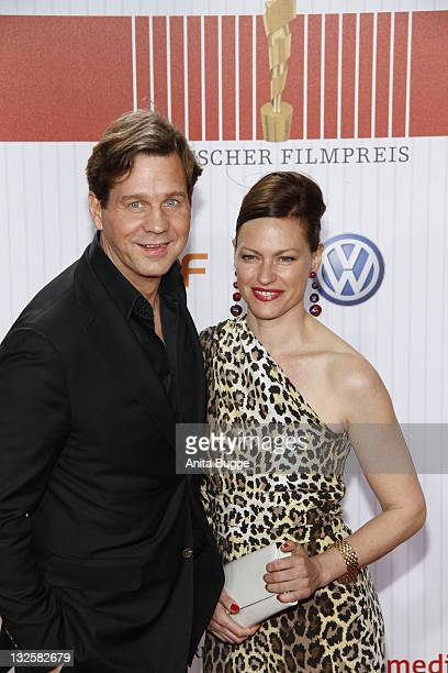 Actor Thomas Heinze and Nina Kronjaeger arrive for the German Film Award 2011 at Friedrichstadtpalast on April 8 2011 in Berlin Germany