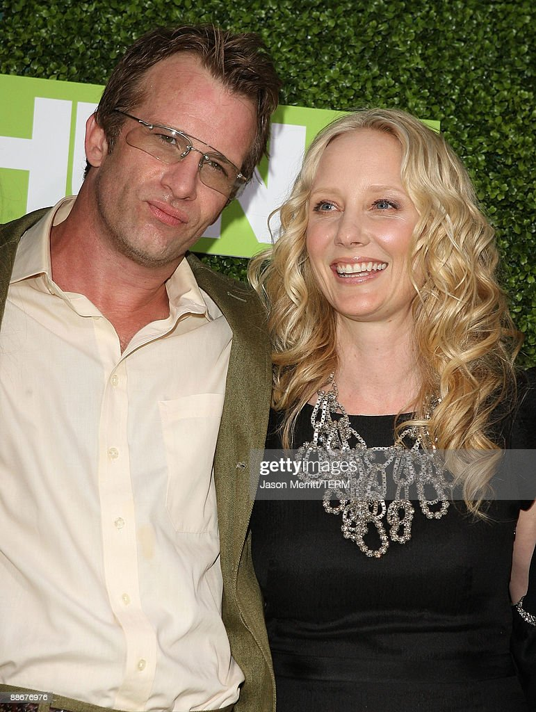Actor Thomas Jane And Actress Anne Heche Arrive At The Hbo Premiere