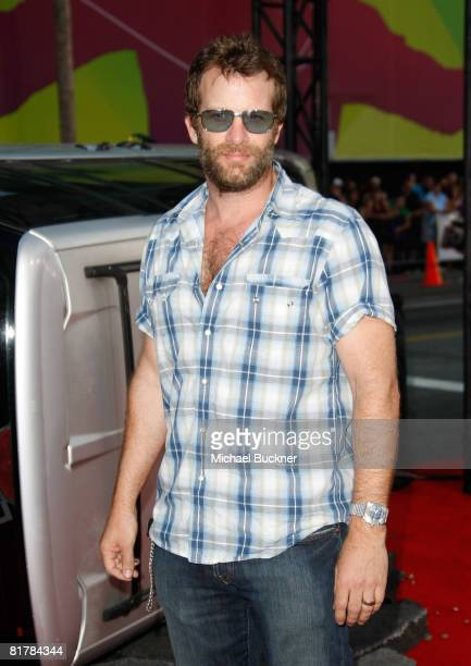 Actor Thomas Jane arrives to the Premiere of Sony Pictures' 'Hancock' at Grauman's Chinese Theatre on June 30 2008 in Hollywood California