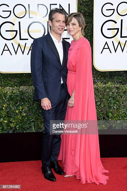 Actor Timothy Olyphant and Alexis Knief attend the 74th Annual Golden Globe Awards at The Beverly Hilton Hotel on January 8 2017 in Beverly Hills...