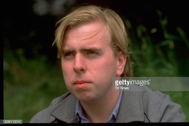 Actor Timothy Spall in character as Barry Taylor in comedy drama Auf Wiedersehen, Pet, circa 1986.