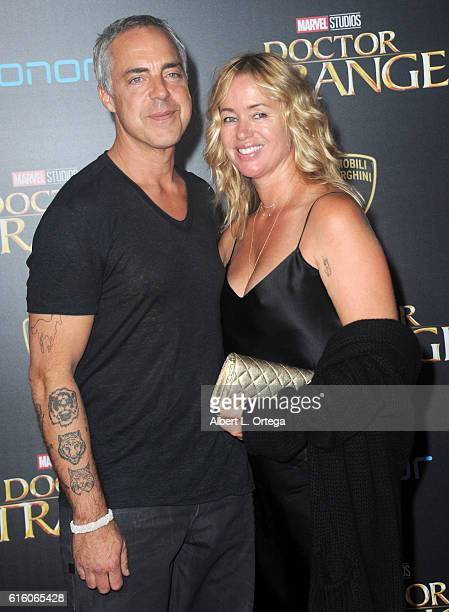 Jose stemkens photos et images de collection getty images for Titus welliver tattoos