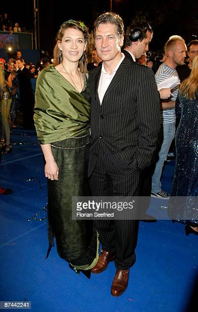 Actor Tobias Moretti and wife Julia attend the 'Life Ball 2009 at the city hall on May 16, 2009 in Vienna, Austria.
