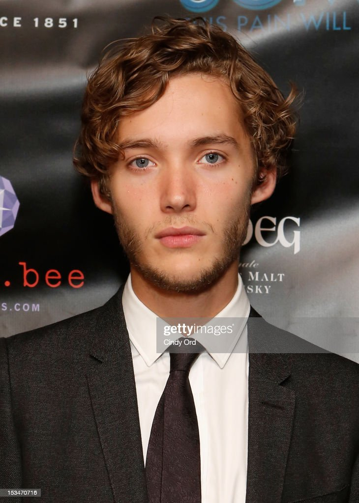 actor toby regbo attends the  u0026 39 someday this pain will be useful to    news photo