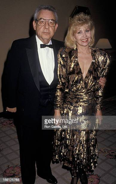 Actor Tom Bosley and wife Patricia Carr attending 'Friar's Club Gala Honoring Liza Minnelli' on April 5 1987 at the Century Plaza Hotel in Century...