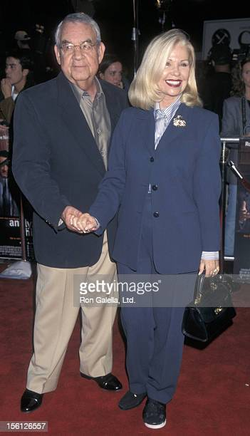 Actor Tom Bosley and wife Patricia Carr attending the world premiere of 'Analyze This' on March 1 1999 at Mann Village Theater in Westwood California