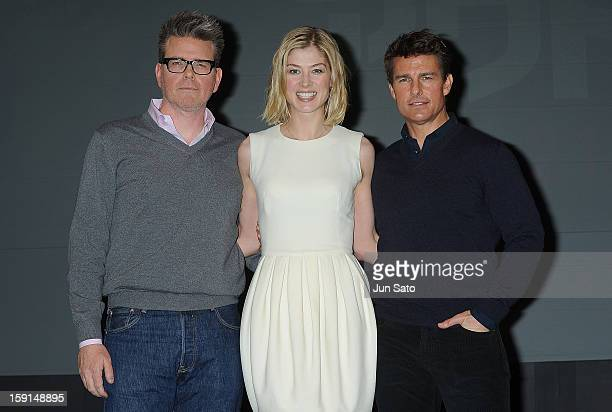 Actor Tom Cruise actress Rosamund Pike and director Christopher McQuarrie attend the 'Jack Reacher' press conference at the Ritz Carlton Tokyo on...