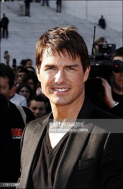 US actor Tom Cruise arrives at the French premiere of 'Mission Impossible III' at the UGC cine cite in Paris France on April 26 2006 US actor Tom...