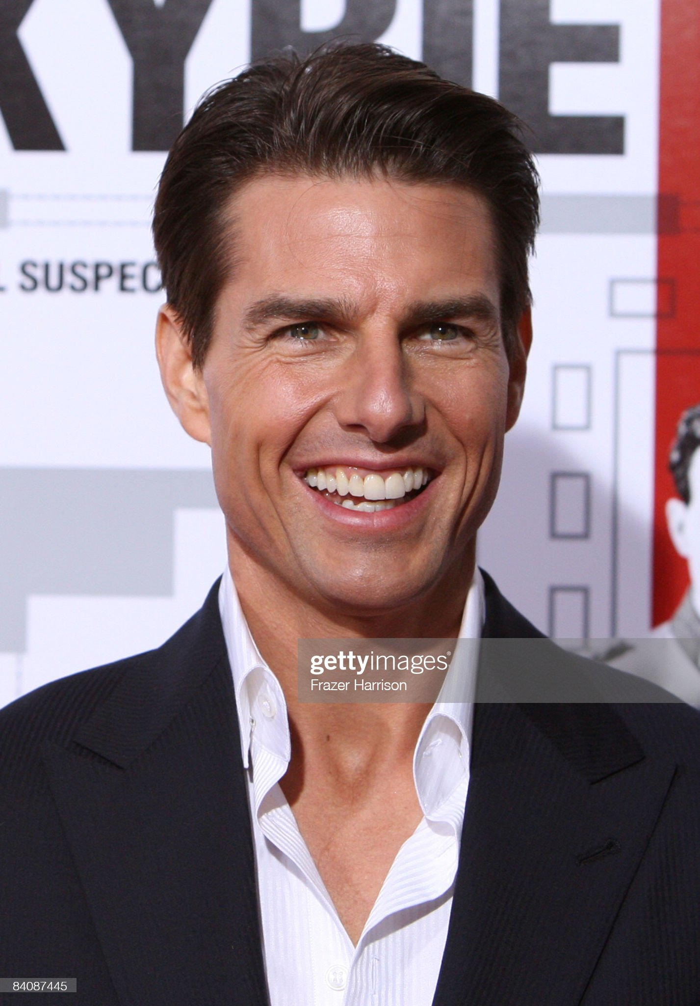 Tom Cruise (Galería de fotos) Actor-tom-cruise-arrives-on-the-red-carpet-of-the-los-angeles-of-at-picture-id84087445?s=2048x2048