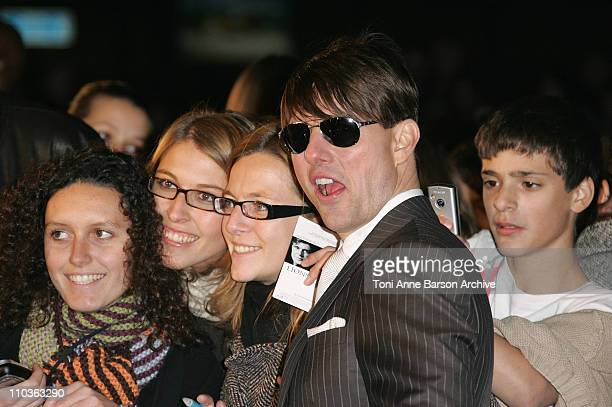 Actor Tom Cruise poses with fans at the 'Lions For Lambs' premiere at the Cinematheque Francaise on October 25 2007 in Paris France
