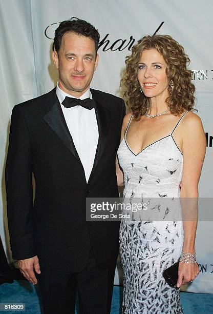 Actor Tom Hanks and wife Rita Wilson arrive at the Elton John post-Oscars party March 25, 2001 at the Moomba restaurant in West Hollywood. Hanks is...