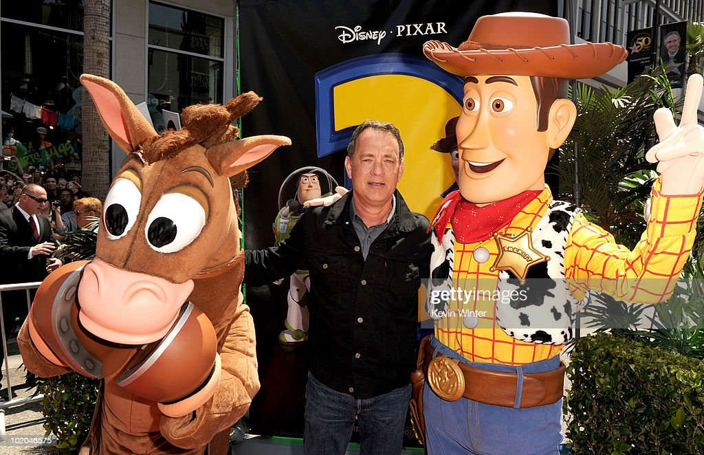 "Premiere Of Walt Disney Pictures' ""Toy Story 3"" - Arrivals : News Photo"